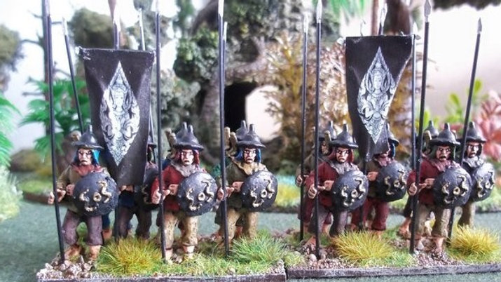 SE02 Regular Spearman with round Shield at Rest.