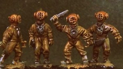 DS01 Deep Sea Divers with Knives