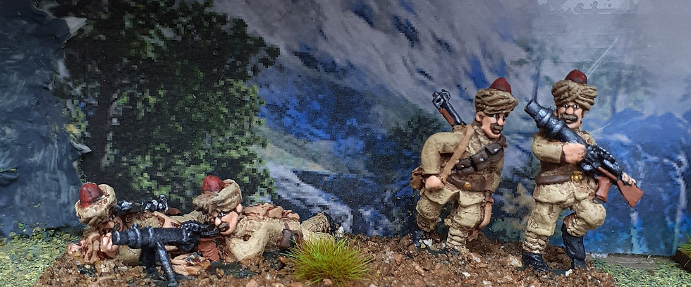 BC 25 Indian Lewis gunners