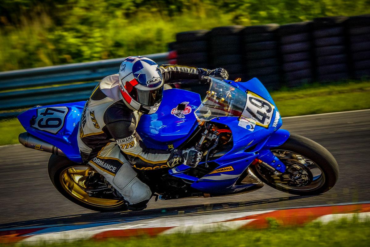 blaues Rennmotorrad