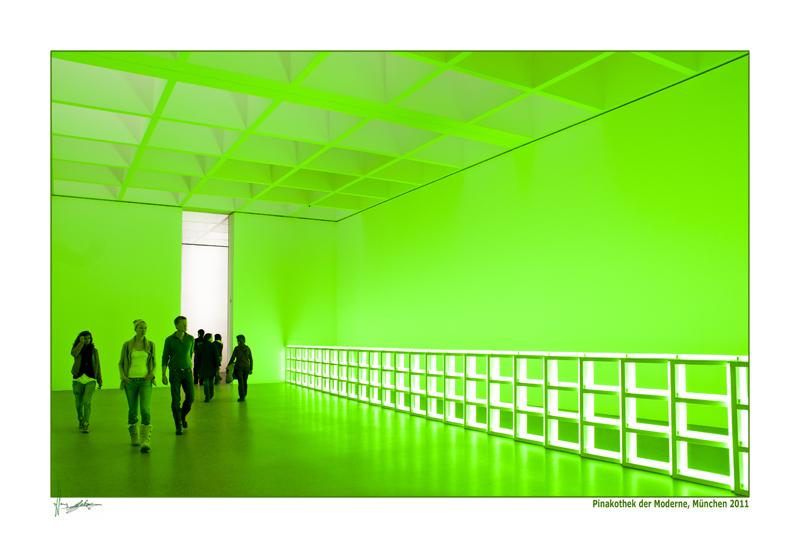 Menschen im grünen Raum