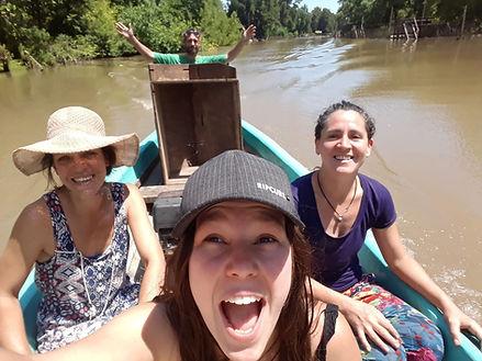 itekoa-laburantes en canoa.jpeg