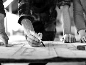 Tilsyn med byggeriet af hus