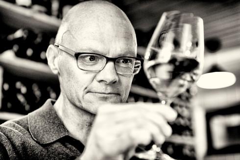 Dr. Wolfgang Staudt, Autor & Weinkenner