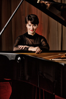 Susanne Duch, Pianistin
