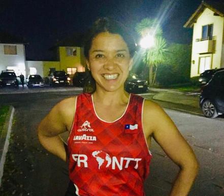 """Daniela Araya, runner FRONTT: """"El grupo SÍ hace la diferencia y no da lo mismo con quien entren"""