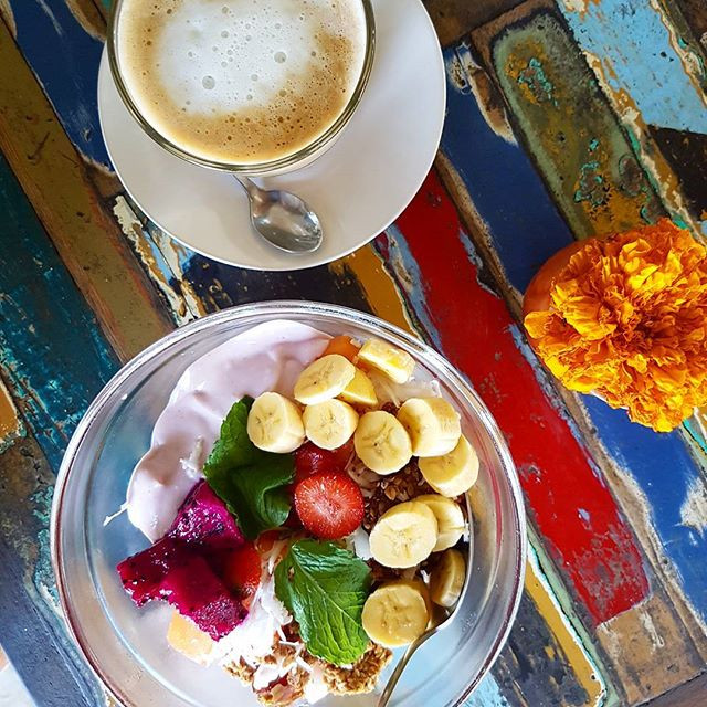 frokost på Bali - tropisk stemning