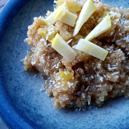 Ukens Oppskrift: Kremete Quinoagrøt med eple, kanel og honning