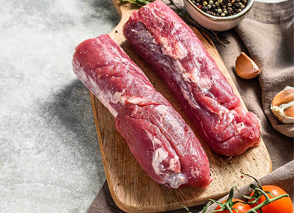 Iberian pork tenderloin (base price: 0.5kg approx.)