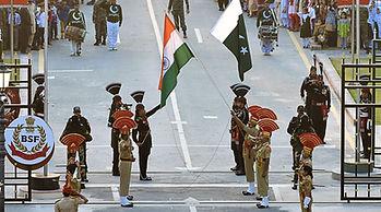 Flag_Down_Ceremony_at_Wagah_Attari_Borde