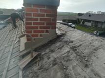 Takomläggning med svart betongpanna från Benders - Gantofta