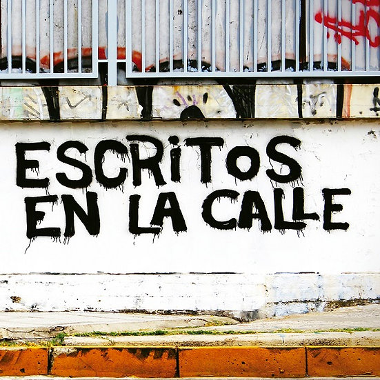 ESCRITOS EN LA CALLE. AA.VV.