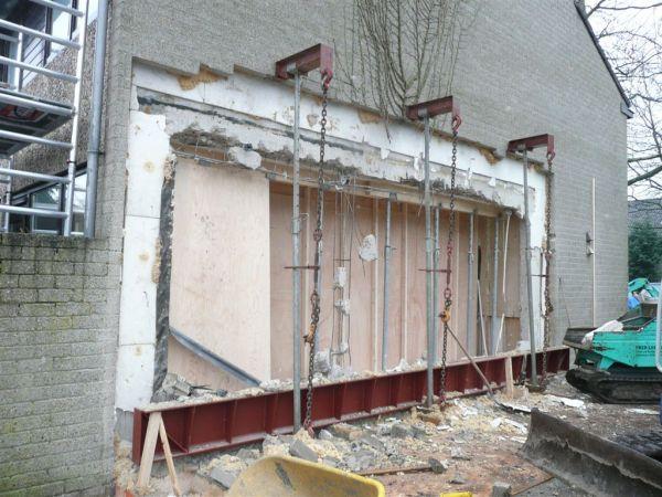 muurdoorbraak zijgevel en aanbouw