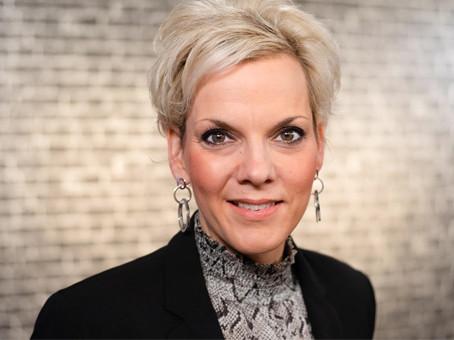 Claudia Abjörnson -                   Stiftung Rechnen