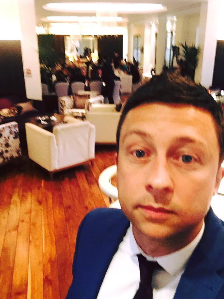 Cardiff magician performs at corporate event at the celtic manor