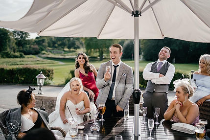 Bridgend wedding magician performs magic at a Bridgend wedding