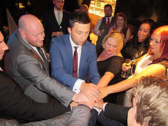 cardiff magician performs at corporate event