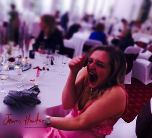 cardiff magician performs at the orangery, magicians cardiff, wedding magicians cardiff, magicians south wales