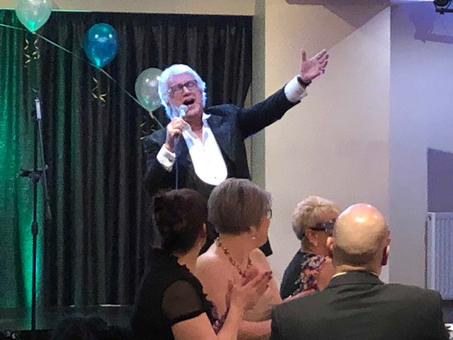 Cardiff magician, wedding magicians cardiff, magicians south wales
