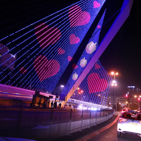 """""""Follow the Lights!"""" Head to Jerusalem for a 'Light Up Driving Tour'!"""