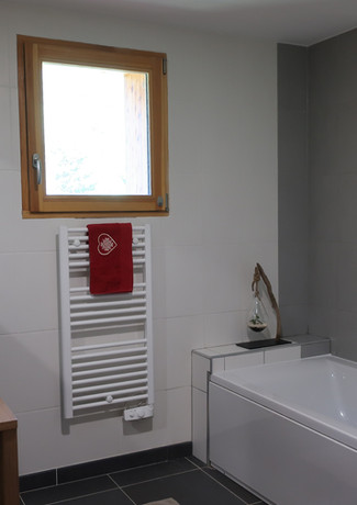 Sdb, wc,  double vasque, baignoire