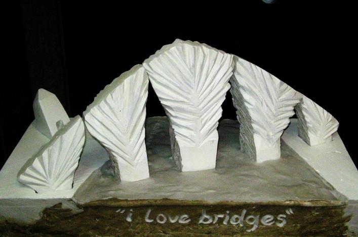 I Love Bridges, 2006, various material, 60 x 50 x 45 cm