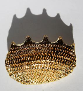 Full with words seventeen, 2010, Brass,gold, 7 x 6 x 2 cm
