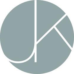 Jen Klor Graphic Designer