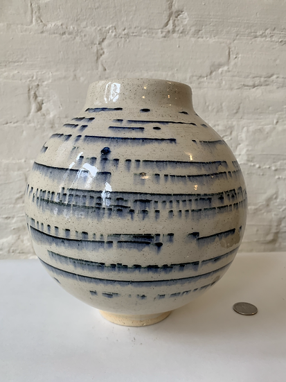 Moon Jar with Underglaze