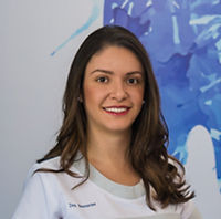 Alexa Barrantes | Dentist in Costa Rica | Dental Implants | San Jose
