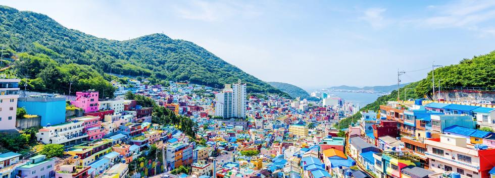 Busan Gamcheon village-01.jpg