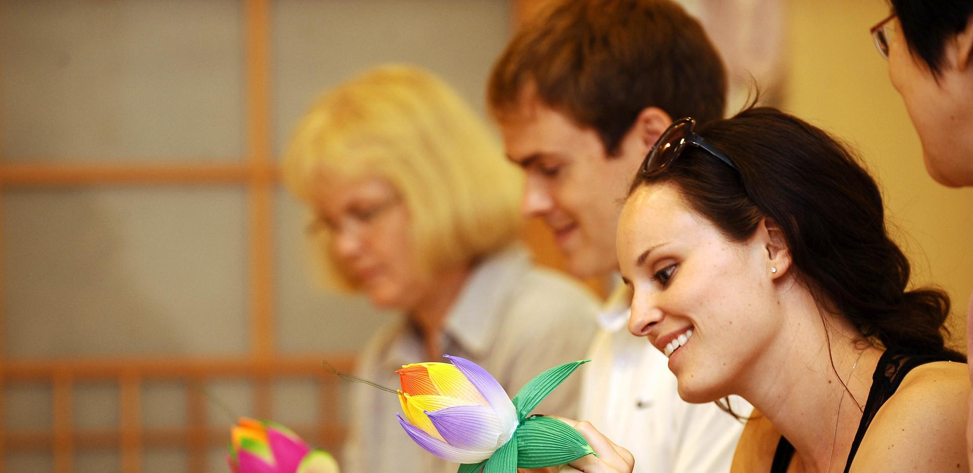 Making Lotus flower-01.jpg