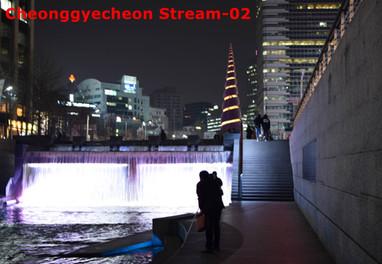 Cheonggyecheon-02.jpg