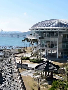 Busan APEC house-01.jpg