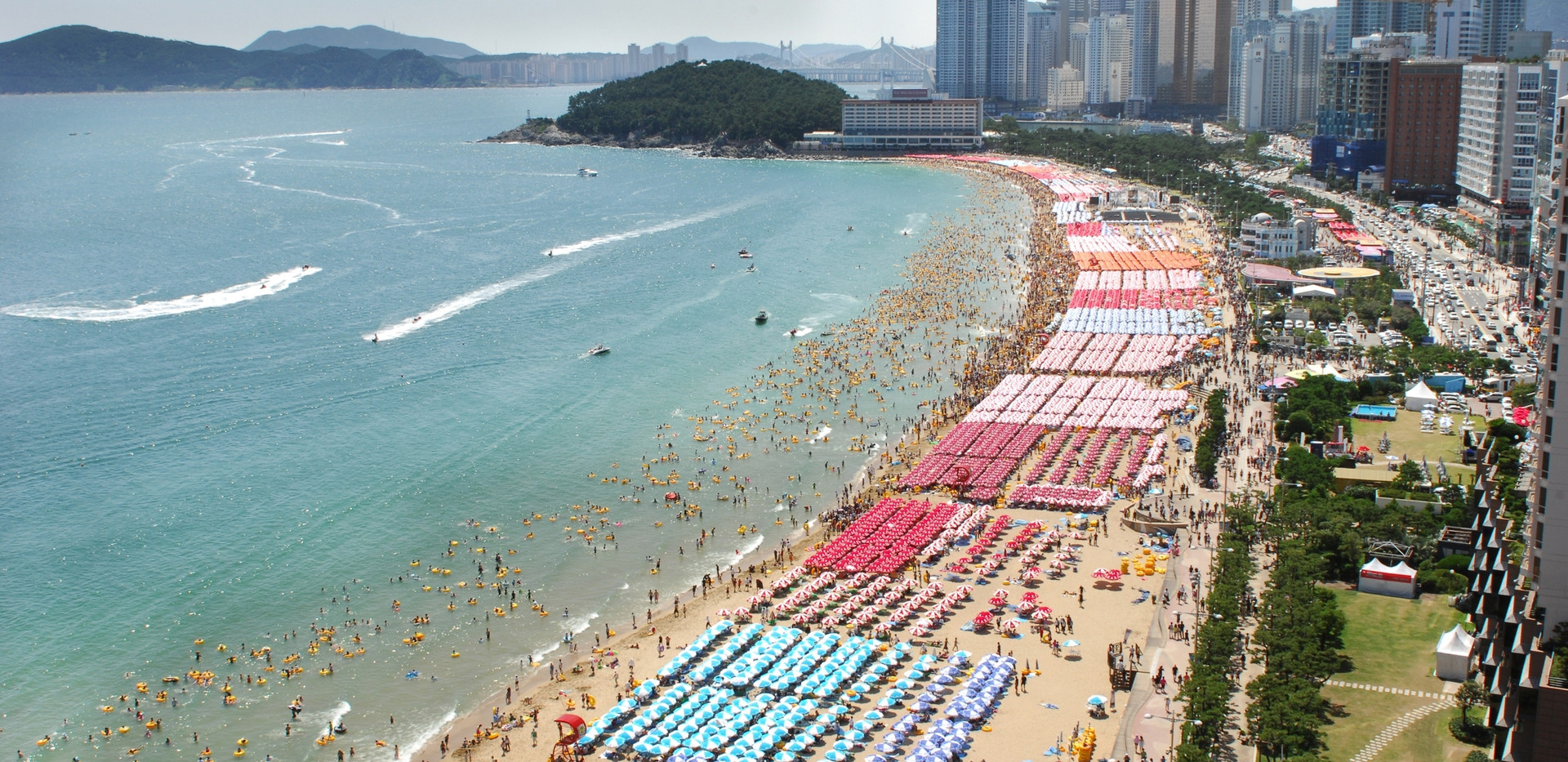 Busan Haeundae beach-03.jpg