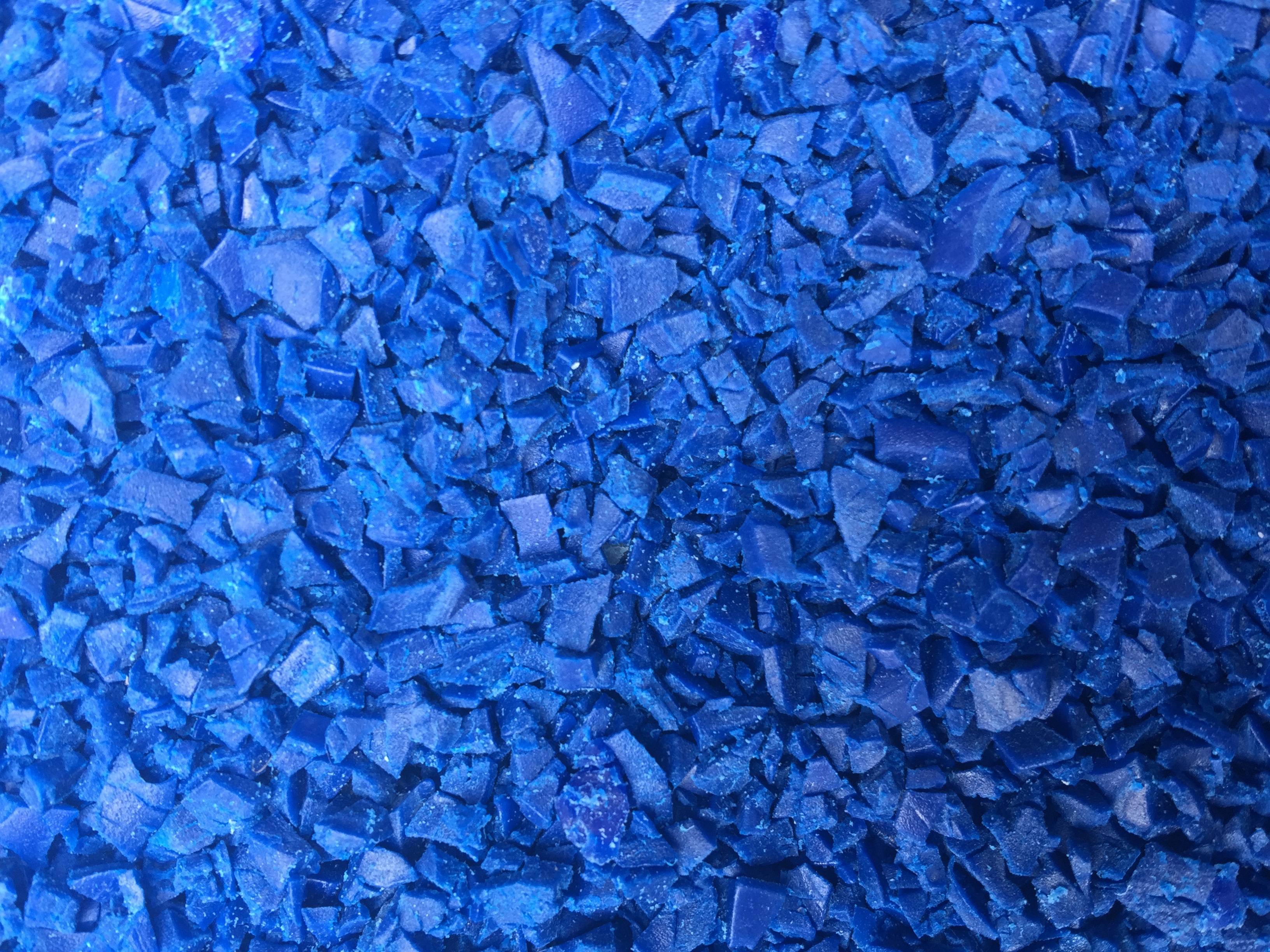 TPE blau Mahlgut (2)