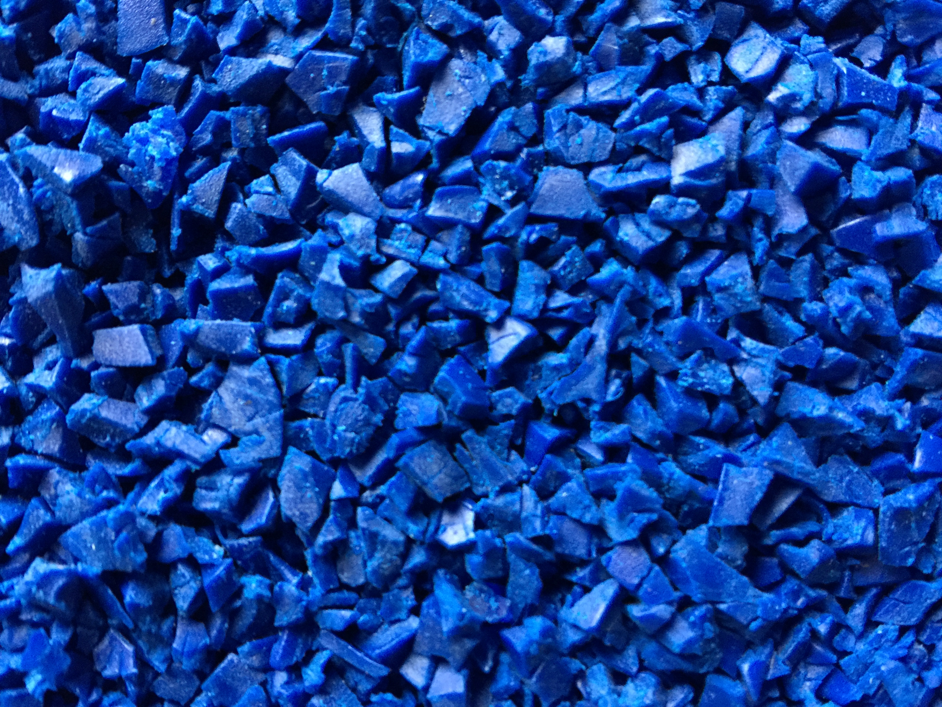 Ammon Kunststoffe - TPE blau Mahlgut (2)