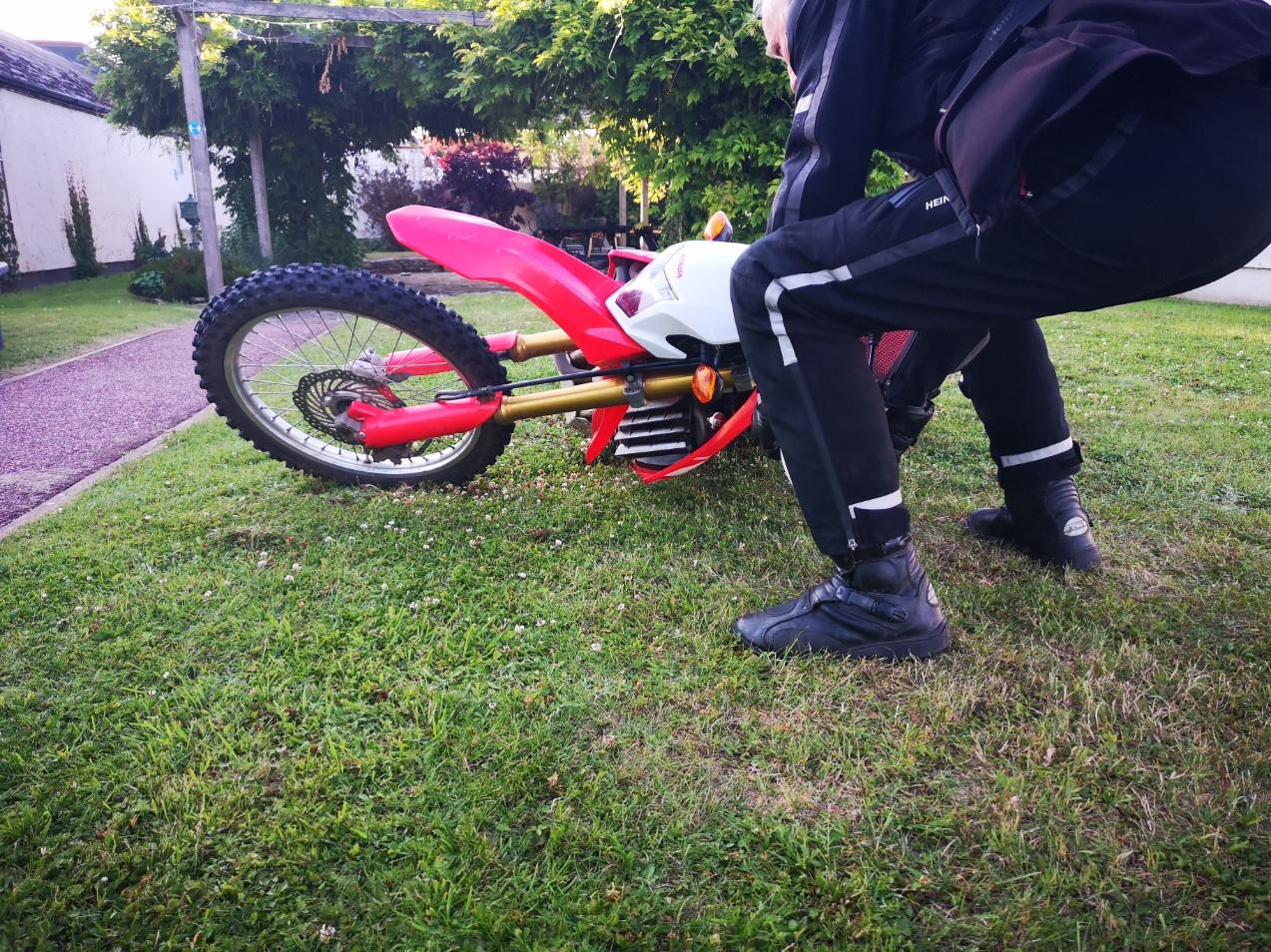 DAM Slow Riding Training