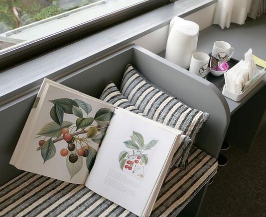 205 sofa.jpg