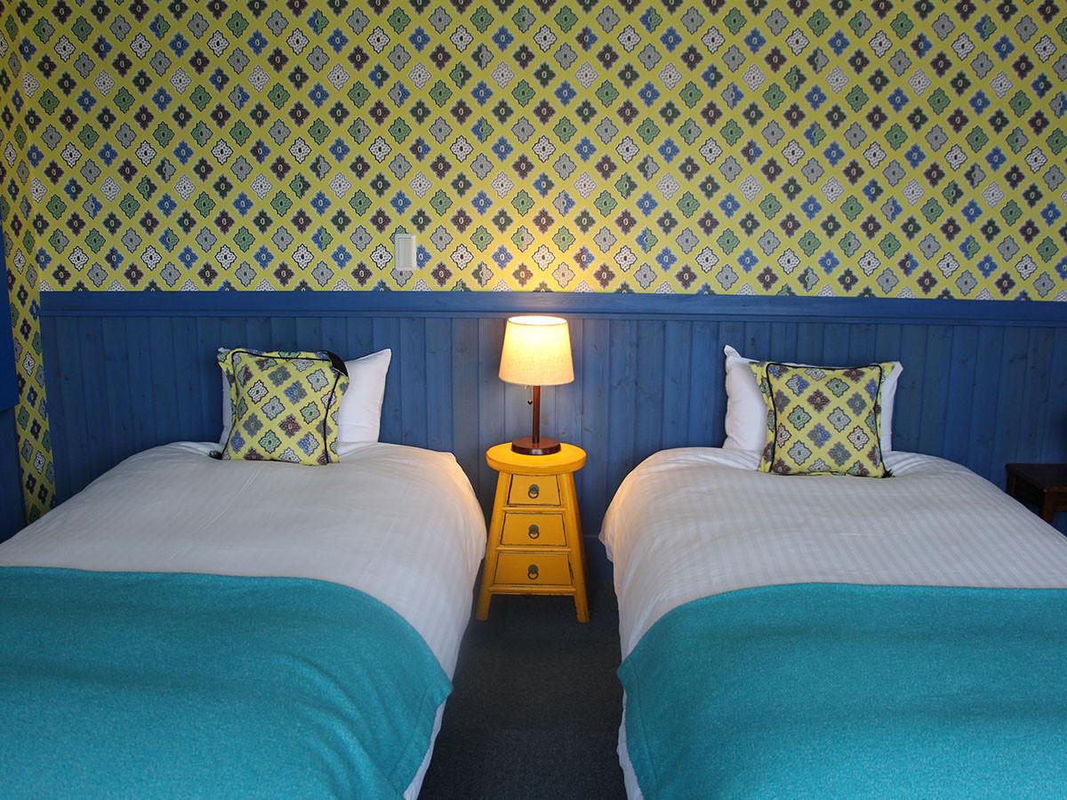 201 Bed blue_02.jpg