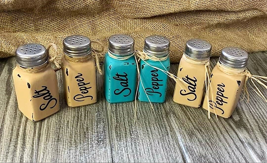 Farmhouse Salt & Pepper Shaker Sets