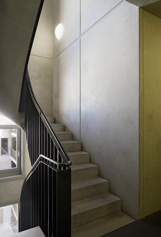 Treppenhaus in Sichtbeton