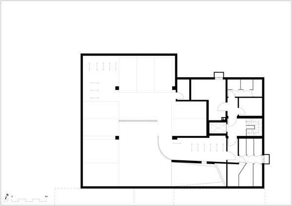 Untergeschoss m. Tiefgarage