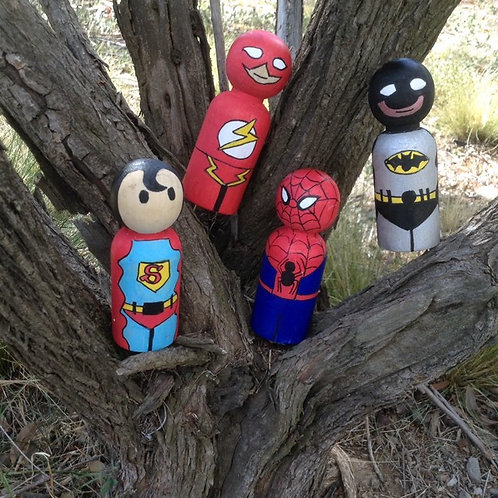 Wooden dolls x4 superheroes large