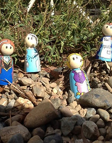 Handpainted Wooden dolls x4 princesses large