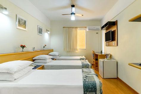 9 Quarto Hotel Itapetinga.JPG