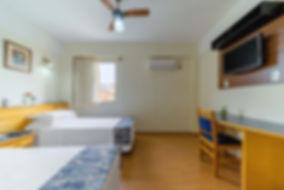 Quarto Solteiro Hotel Itapetinga 1.JPG