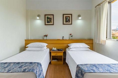 Quarto Solteiro Hotel Itapetinga_edited.