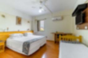 4. Casa + Solteiro Hotel Itapetinga.JPG