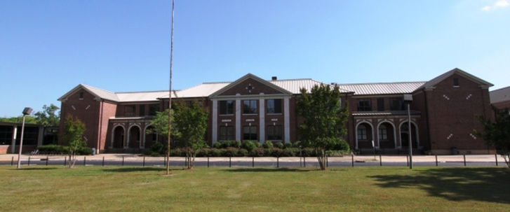 Auburn-Middle-Header1.jpg